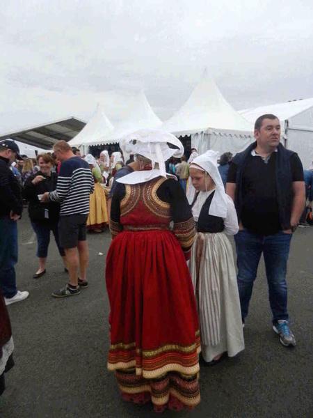 Costume de Saint Evarzec Dscn8510_800x600